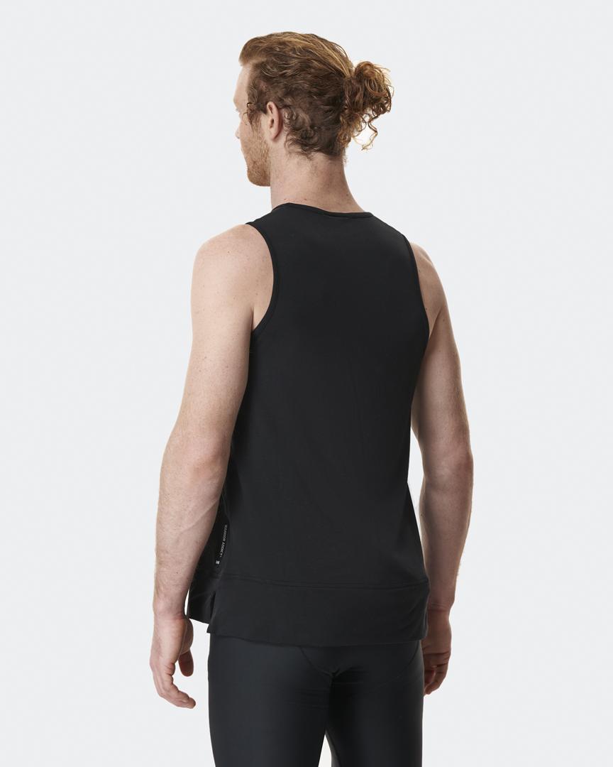 warrior addict mens yoga inversion tank vest in black model Jacob Mellish back shot