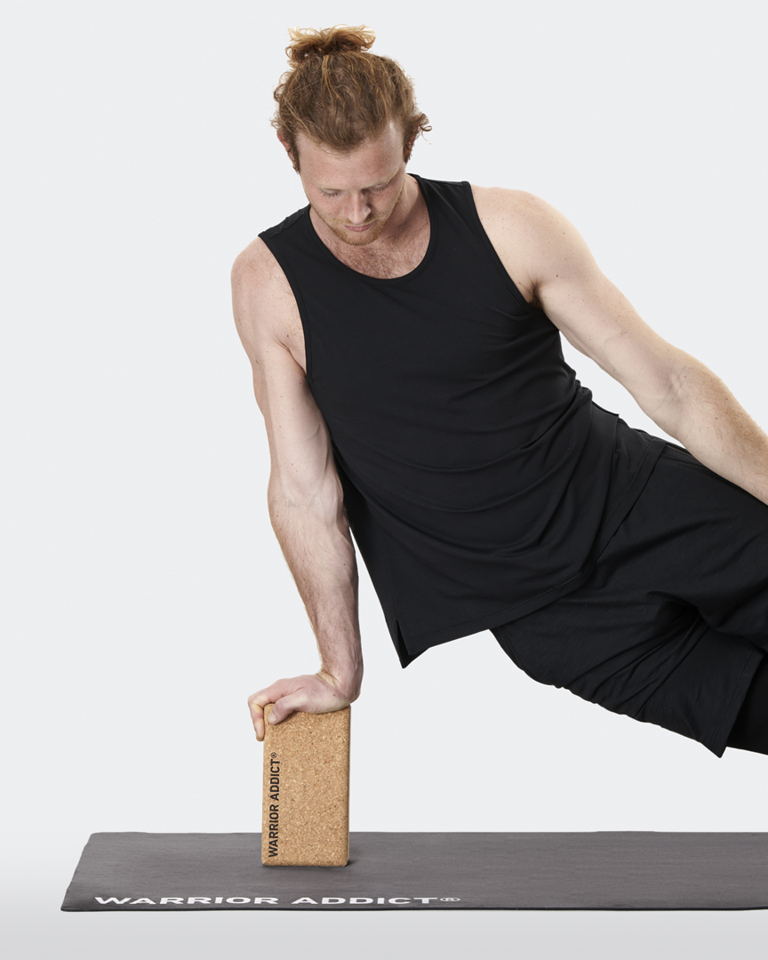 warrior addict the warrior cork yoga black demonstrated by job Mellish yoga teacher