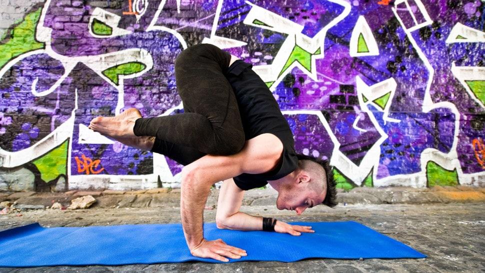ben harrison yoga - crow pose
