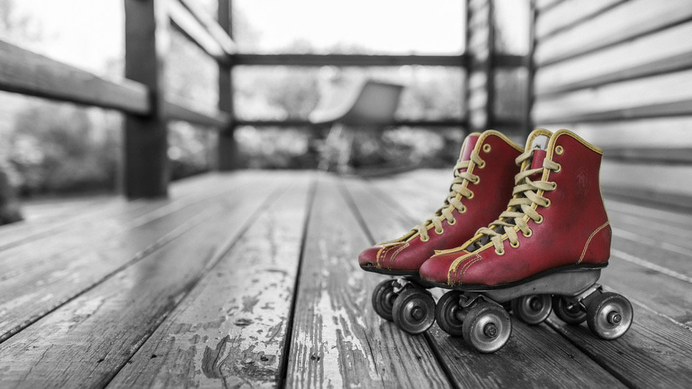 speed red roller skates