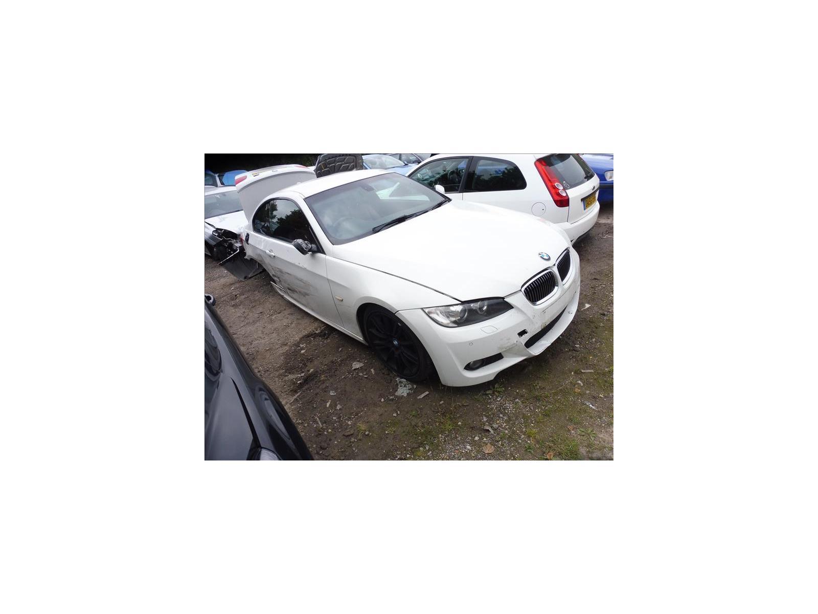BMW 3 SERIES  P1090677