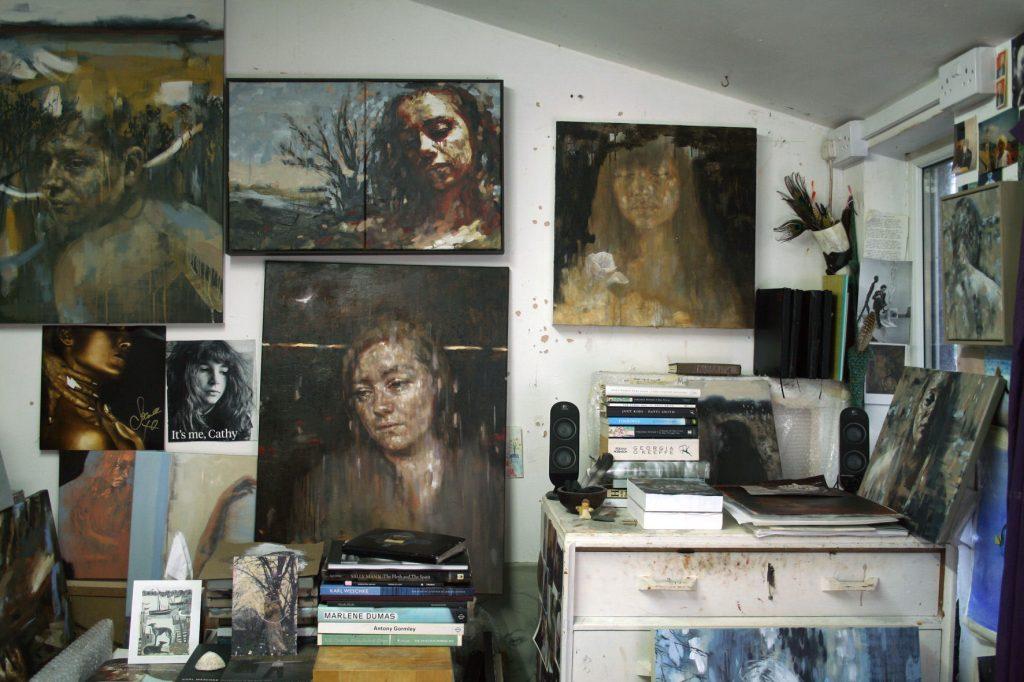 Studio-corner