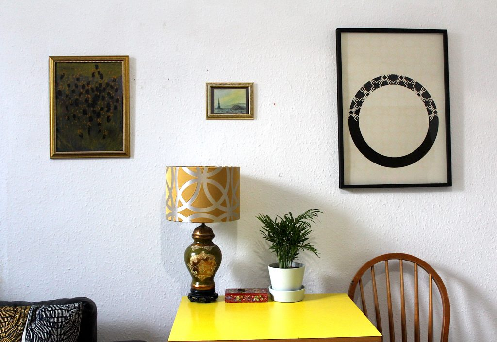 Yellow Corner Paintings Living Room Lamp Columbo