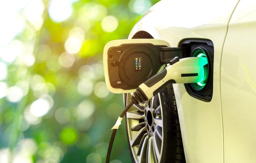 Come funziona la ricarica auto elettrica