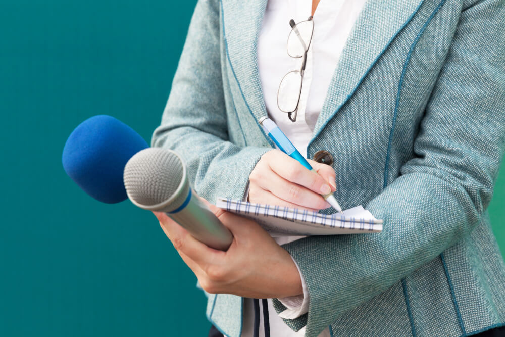 Offering journalists exclusive interview access is an easy way to grab their attention