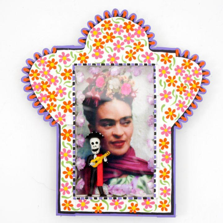 Frida Kahlo and mariachi niche
